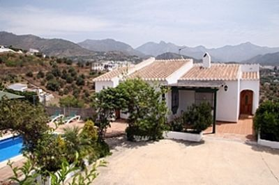 Photo for Villa With Private Pool And Views To The Sea And Mountains