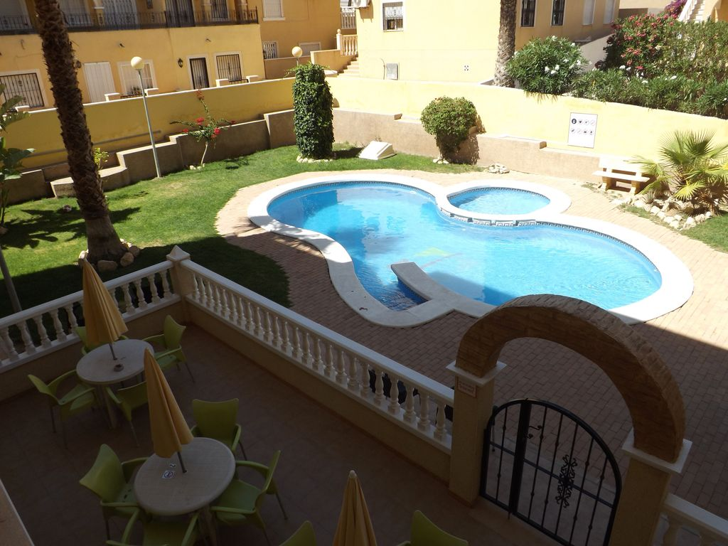 Wonderful Terrace Appartment Seaview Walk To Shops And Bars Near 3 Golf Courses Villamartin