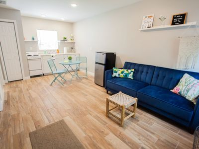 New 1 BR House Close To Everything  Walk To Riverwalk/Downtown/Tampa Heights