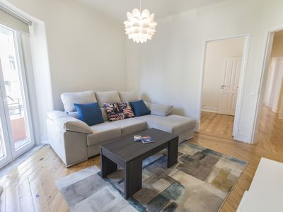 Photo for NEW Renovated Large 2 bedroom Apt