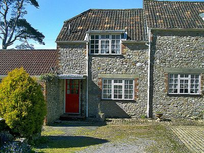 Photo for Vacation home Axview  in Axminster, South - West - 4 persons, 2 bedrooms