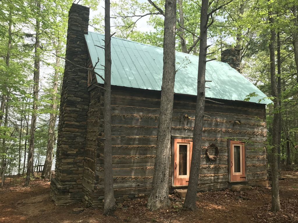 Our 2nd great year historical log cabin w vrbo for Cabin builders in arkansas