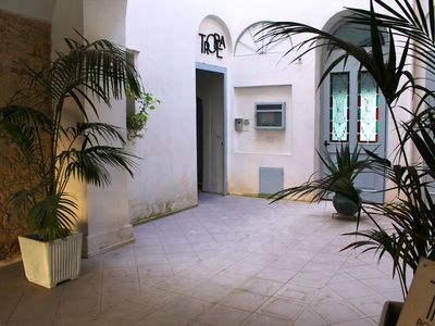 Photo for Apartment on the second floor in historic building in the center of Tropea.