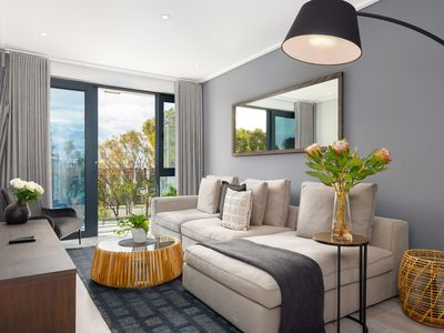 Photo for Stylish Modern Apartment in Trendy Green Point