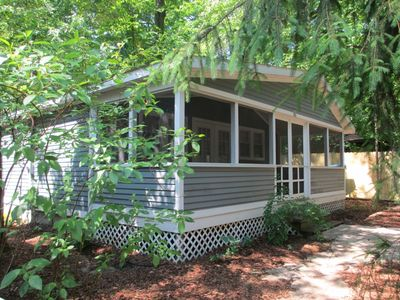 Photo for Bright, Cozy Union Pier Cottage with Private Hot Tub!