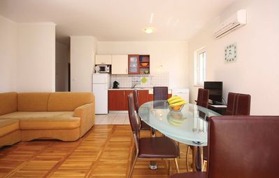 Photo for Apartment in the center of Brodarica with Internet, Air conditioning, Parking, Terrace (264099)