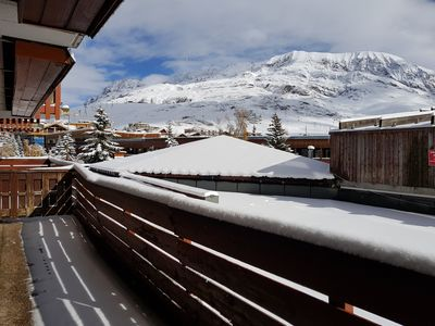 Photo for Ski-in ski-out, large terrace, space and comfort