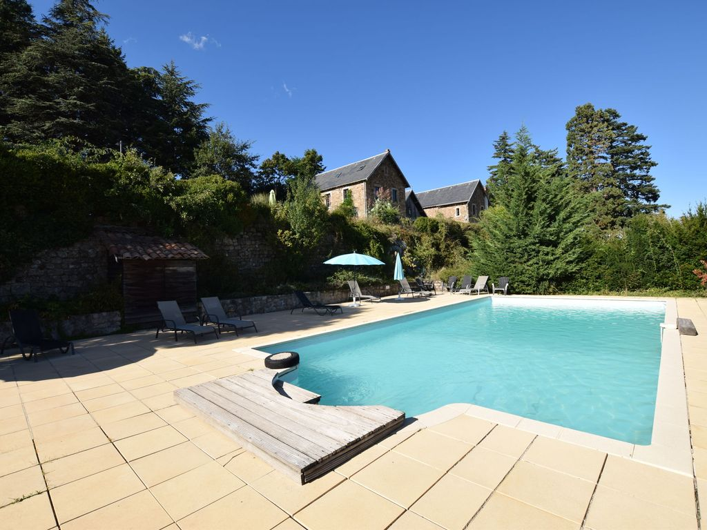 Property Image#7 Former Coach House In A Castle With Park Garden, Large  Swimming
