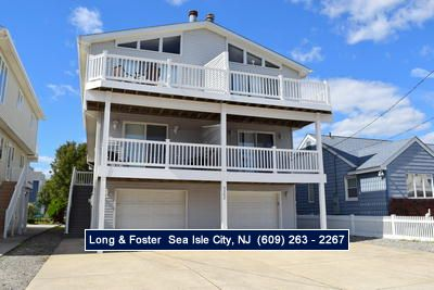 Photo for Clean, neat, close to the beach, walk the kids to the new playground and ball fields.