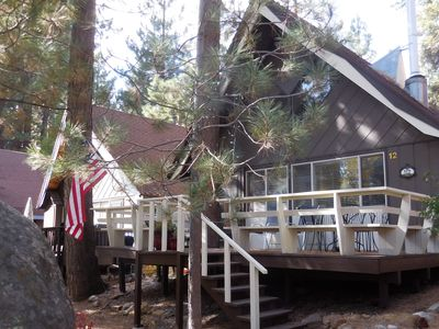 Cozy Incline Cabin with Large Deck, Great Location, max. 6 people