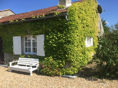 Photo for Le Barail near St. Emilion - family friendly and relaxing