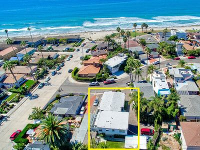 2 Homes to Beach ★ Exclusive Backyard ★ Dogs OK