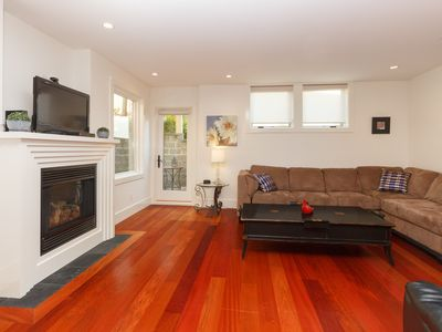 Photo for Downtown Victoria,  Luxury Harbour Living in James Bay, close to Marina & Wharf