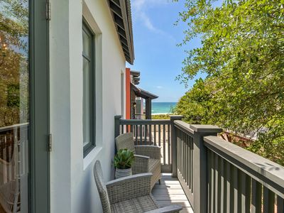 Photo for Ultimate Getaway!!! Gulf Views-Stylish Decor- Steps to the Beach-2 Bikes