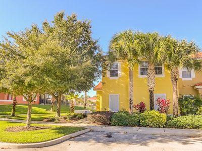 Photo for Newly updated 4-bedroom lakeside villa with private pool 10 minutes from Disney
