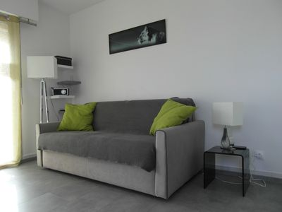 Photo for Charming Studio Cabin, close to the beach and Port Frejus.