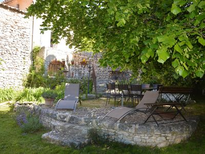 Photo for B & B in Hamlet house between the Ventoux and the plain