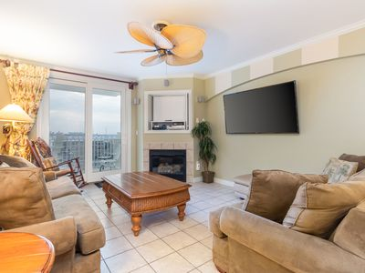 Photo for NEW LISTING! Ocean view condo w/balcony & shared indoor pool- 1/2 block to beach