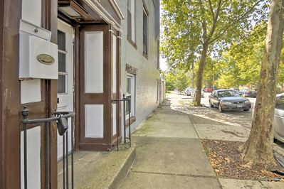 Located in a quaint neighborhood, the apt. is just steps from local attractions!