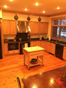 Photo for Great family Getaway!!! Close to skiing, shopping & dinning.