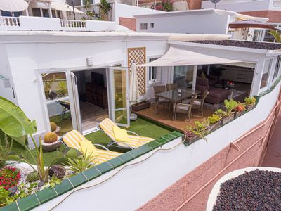 "Photo for Comfortable Bungalow ""Bungaló Lujoso Vista Mar"" with Panoramic Sea View, Winter Garden, Terrace, Wi-fi and SAT-TV"