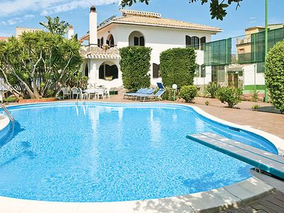 Photo for Traditional villa w/pool and spacious garden, close to village + main coastal road