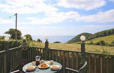 Photo for Crows Nest, ST KEVERNE