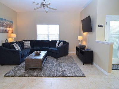 Photo for Great 5 bedroom/4 bath townhome, splash pool, Paradise Palms resort amenities