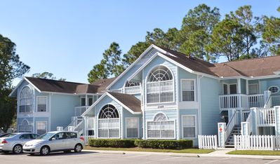 "Photo for Near Disney! 150"" movie screen! Pool, hot tub & gym! Tennis, & volleyball!"