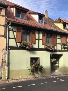 Photo for Huna'gîte *** apartment in typical Alsatian house