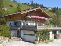 Beautiful stay and house with view on the sunside of the alps.