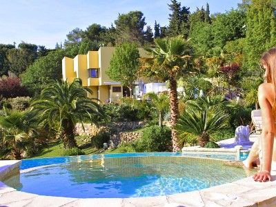 Photo for Fantastic Villa in Mougins with a super pool, 2 jacuzzis and a fantastic garden!