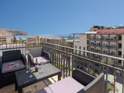 Photo for Contemporary 3 Bedroom Apartment. Stunning Sea Views. Central location.