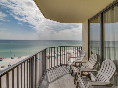 Photo for Oceanfront Sunbird Beach Resort condo w/ swimming pool - snowbirds welcome!