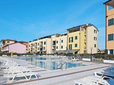 Photo for One bedroom Apartment, sleeps 5 in Caorle with Air Con