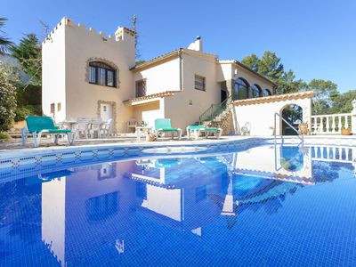 Photo for This 3-bedroom villa for up to 7 guests is located in Pals and has a private swimming pool and Wi-Fi