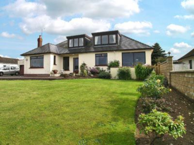 Photo for 4 bedroom accommodation in Maidens