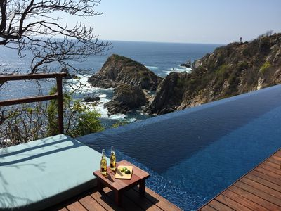 Photo for Palapa Villa - Oceanfront View House With Private Pool
