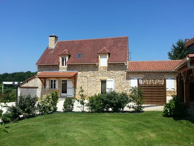 Photo for the green oak with heated swimming pool 10 km north of Sarlat