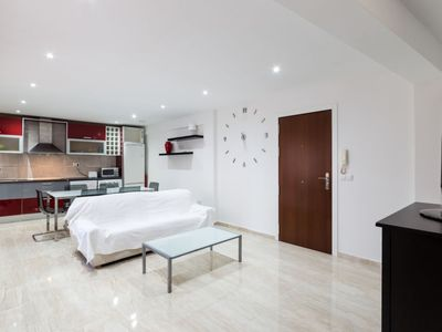 Photo for Apartment Francia in València - 5 persons, 3 bedrooms