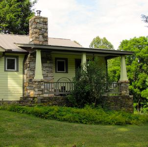 Photo for Bungalow Farmhouse - Family and Pet Friendly- Borders 3600 acre forest