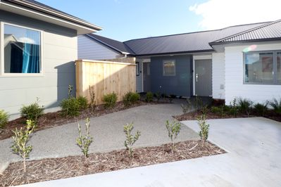 Apartment 4 to the left, private covered entrance, from personal carpark to door