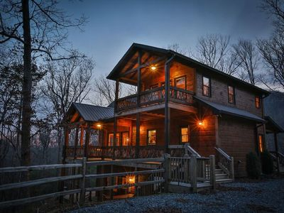 Photo for Golden Oaks at Sugar Creek - Private Luxury Cabin