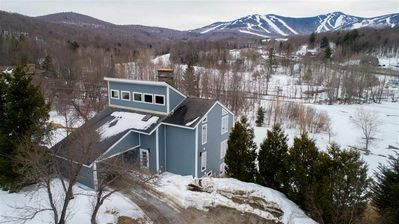 Photo for The Wobbly View - Luxurious 3000 sq. ft. Home with Beautiful Mountain Views