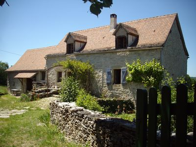 Photo for Traditional farmhouse on Lot/Aveyron border with salt pool. Pets very welcome .