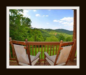 Photo for Dogwood Dreams} Awesome Views, Awesome Game-room, WiFi, Hot tub, No steep roads