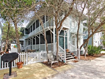 Photo for Sandy Toes- Top Rated 4bd/4.5 bath Family Home in Seaside, FL. Many Amenities!