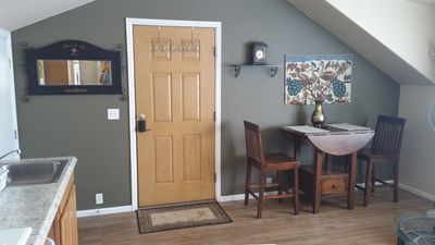 Cozy furnished studio with all the amenities near World Arena & Ft. Carson!