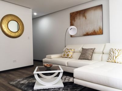 Photo for Private, modern apartment, perfect for  business or travel