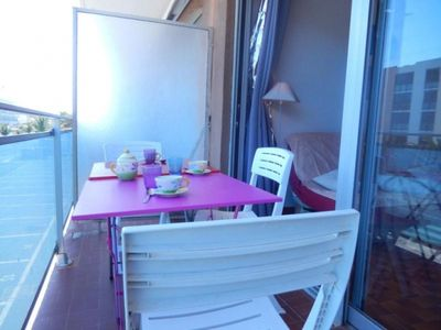 Photo for Apartment Port-la-Nouvelle, 3 bedrooms, 6 persons